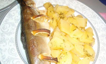 Пъстърва с картофи