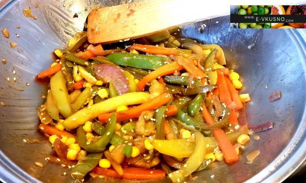 Зеленчуци в уок тиган със сладникав привкус